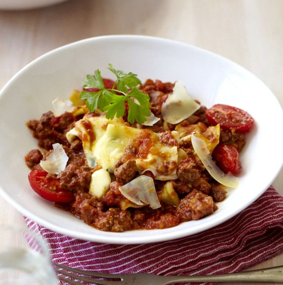 Tasty mince with cheesy basil parcels