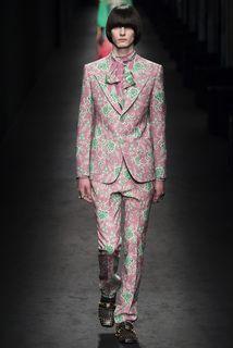 Gucci коллекция | Коллекции осень-зима 2016/2017 | Милан | VOGUE