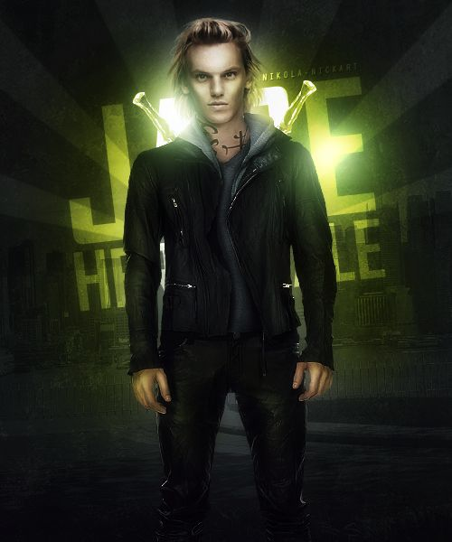 Jamie Campbell Bower 2021