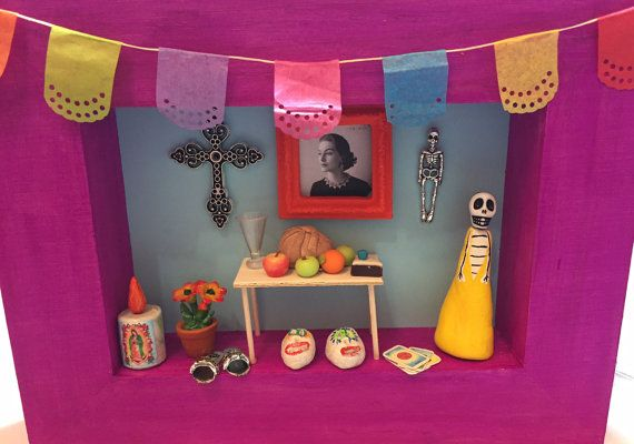 Perfect for your Day of the Dead miniature shrines/nichos/altars or ofrendas…