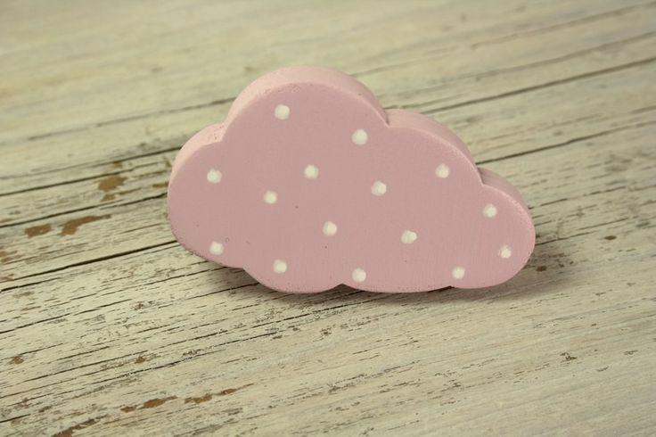 Bouton de meuble nuage rose en bois peint : Meubles et rangements par l-atelier-des-collines