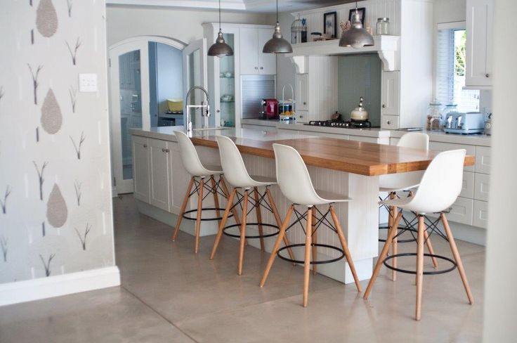 Earthcote pigmented floorcote - colour bleached rope #PaintSmiths #homedecor #floorcote #earthcote #interior #paint #kitchen