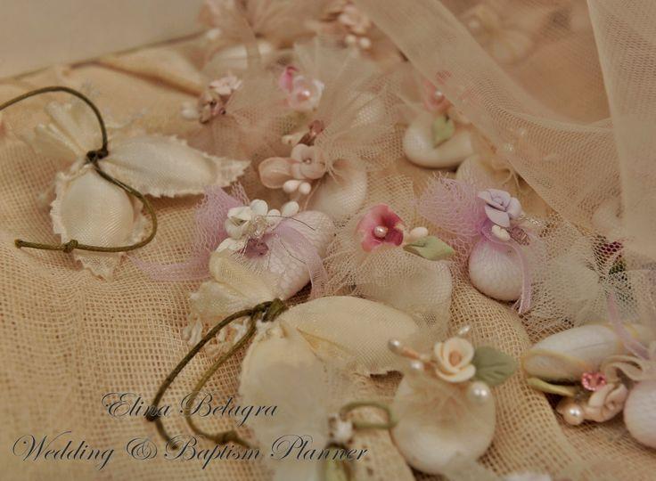 stefana#eidigamou#koufeta#stolismena#porselani#chic#romantic#handmade#vintage# porcelain#crowns# weddingplanner#elinabelagra#www.elinabelagra.gr