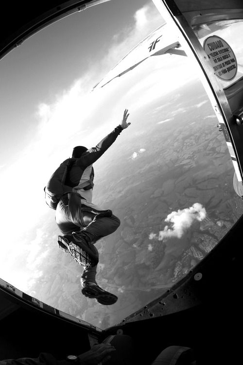 Best 25+ Skydiving ideas on Pinterest | Skydive no ...