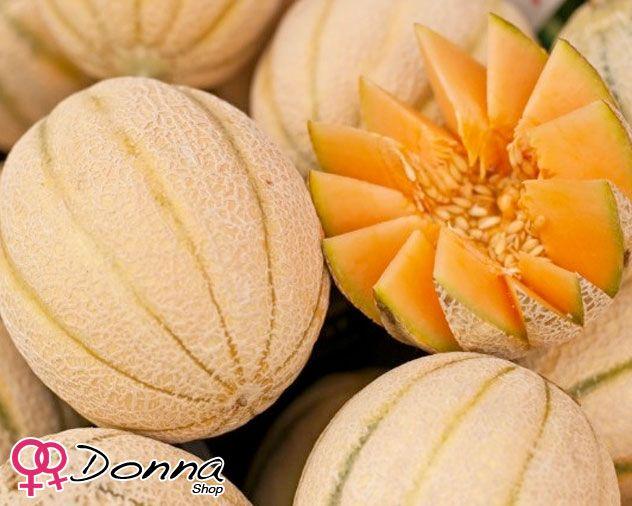 Cosmetica naturale: il Melone.  Il Melone è ottimo per i capelli secchi e aridi, per la presenza di vitamine e sali minerali.