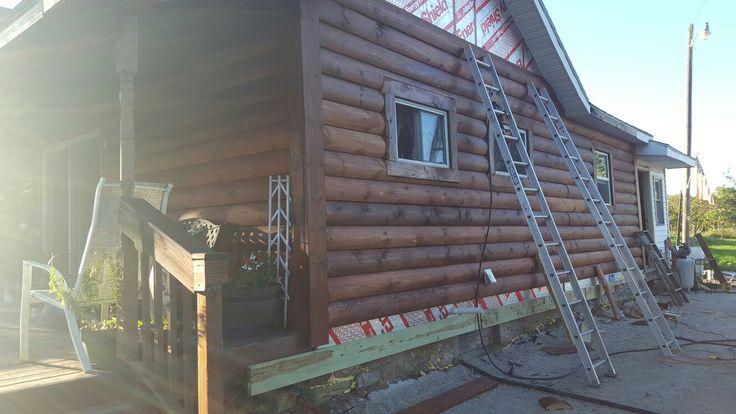 Replacing vinyl siding with 10 inch log siding