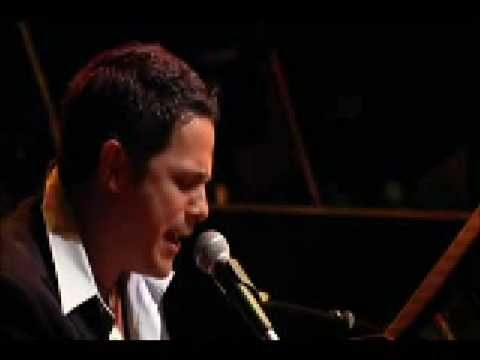 """ lo ves"" beautiful music by alejandro sanz....."