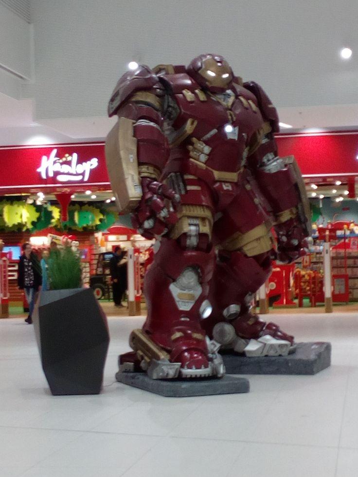 "Hulkbuster in ""Hamleys"" Store | Galeria Północna | Warsaw, Poland"