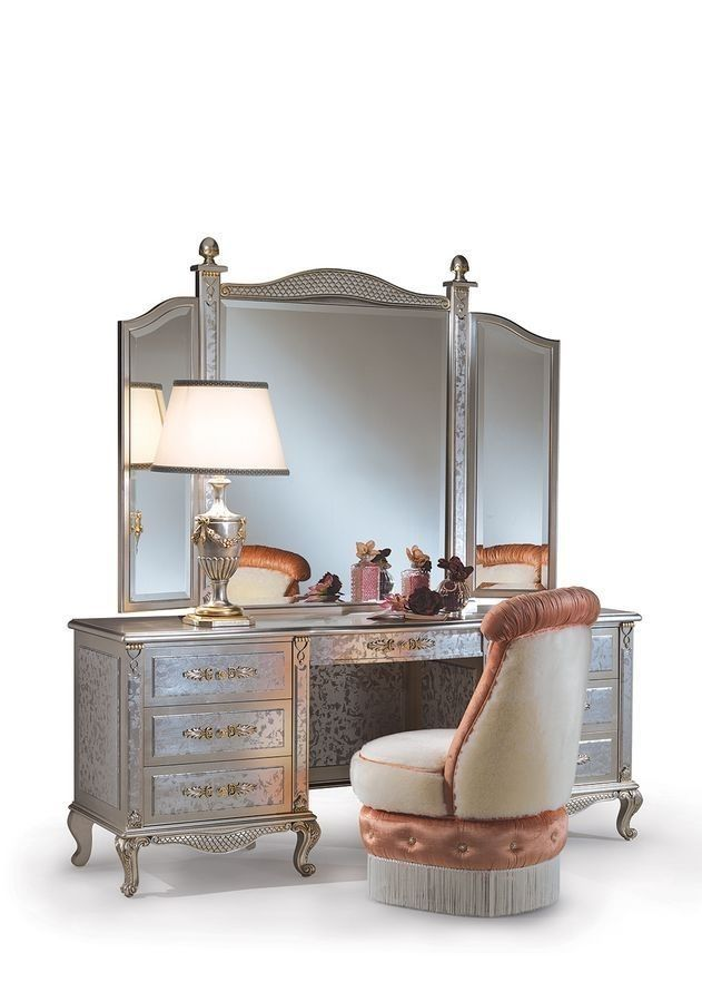 Lisa C/364/3, Toilet classic dressing table, for bedroom