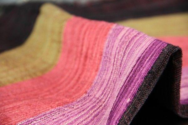 Conseils pour savoir comment repasser la soie sauvage, son foulard et écharpe en soie sauvage et autre tissus et textiles en soie naturelle sauvage.