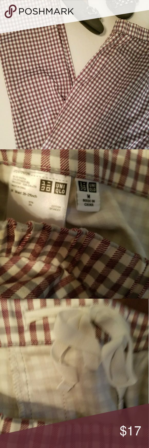 UNIQLO LEGGINGS Never worn, maroon and Gray leggings with drawstring. Material is the perfect weight for the cool weather. Uniqlo Pants Leggings