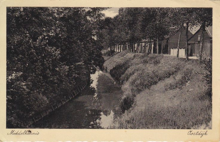 Oostdijk Middelharnis , gezien vanaf de oudelandsedijk.