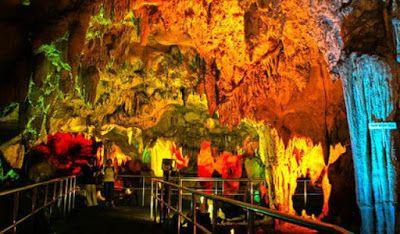 PERGIPEDIA  - Wisata Goa Maharani Di Lamongan Jawa Timur . Goa Maharani  merupakan sebuah goa yan...