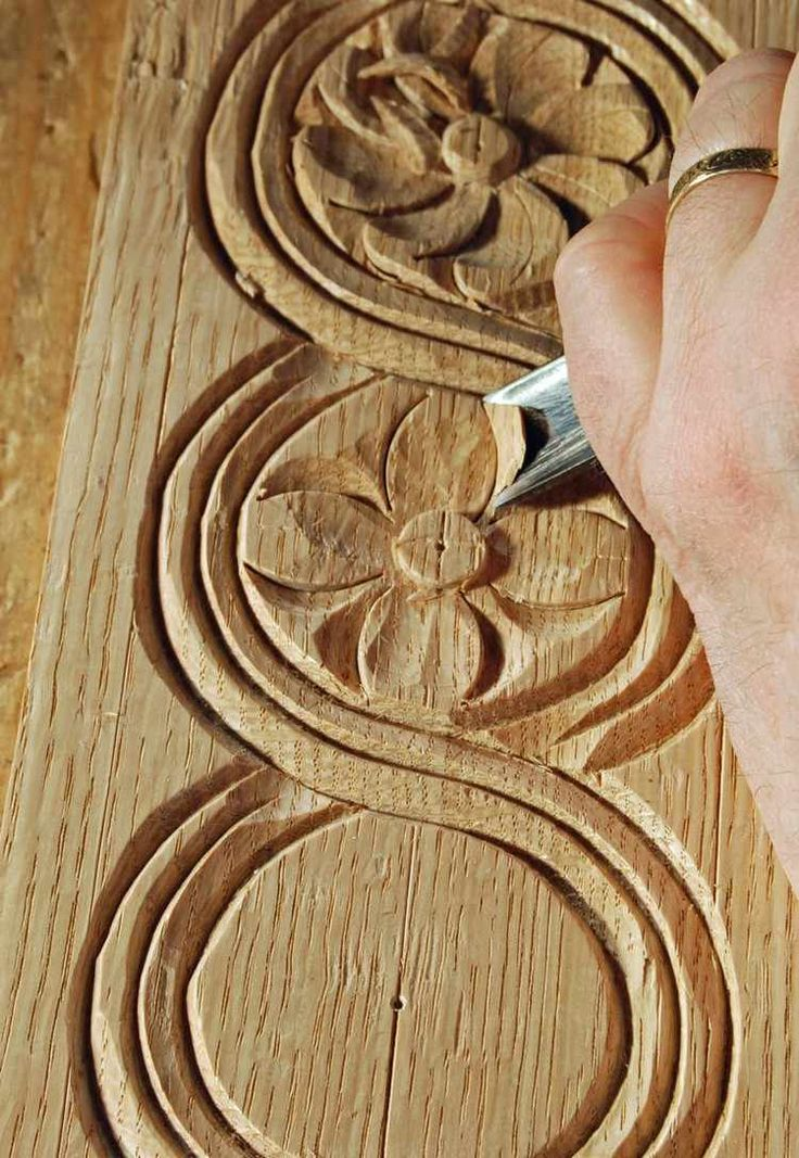 39 best art sur bois images on pinterest carved wood tree carving and wood carvings. Black Bedroom Furniture Sets. Home Design Ideas