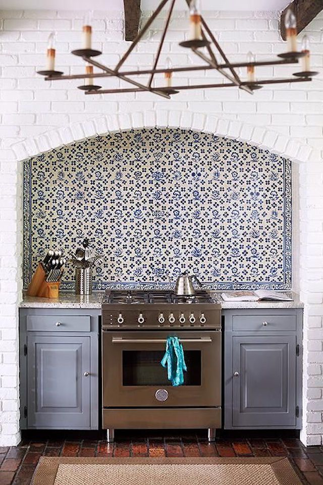10 DIY House Projects with a Can of Paint || Blue Gray Painted Kitchen Cabinets