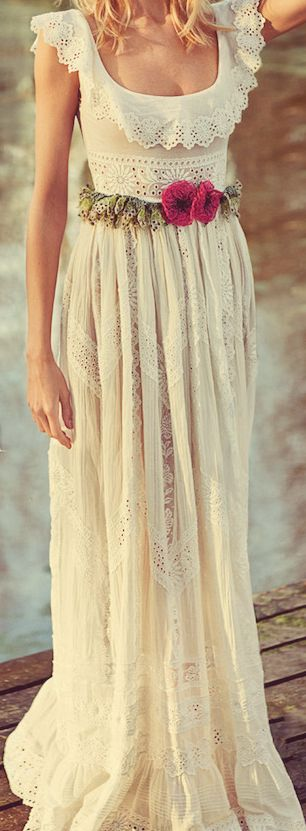 bohemian wedding dress.... Idk why i like it