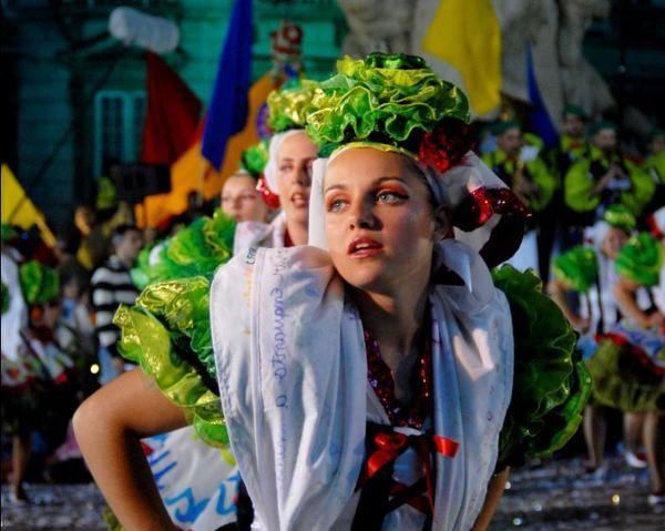 Fiestas populares de Lisboa - via Inaout Viajes 03.06.2015   Del 1 al 30 de junio, la ciudad acogerá numerosos eventos para todos los públicos. Descubre todo lo que te espera si decides visitar Lisboa en estas fechas.