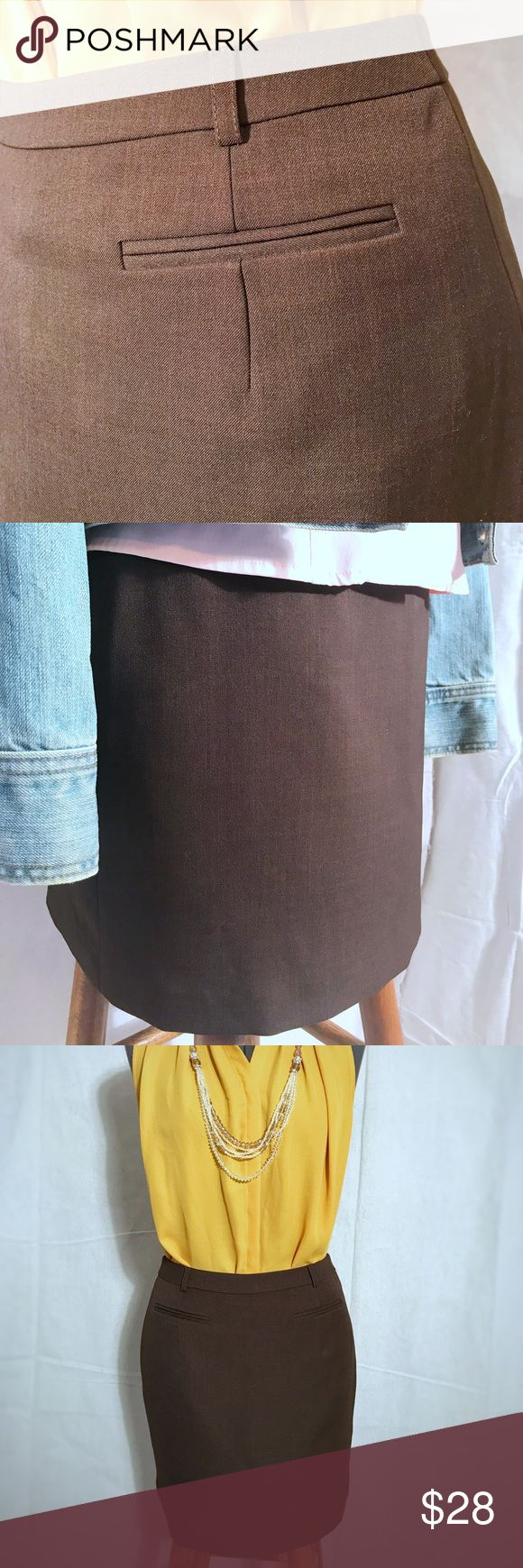 Influence de Naf Naf Skirt Not quite a mini, but definitely hits above the knee. Back zipper and fully lined. The rich brown color is perfect for fall with a great pair of boots! Skirts Midi