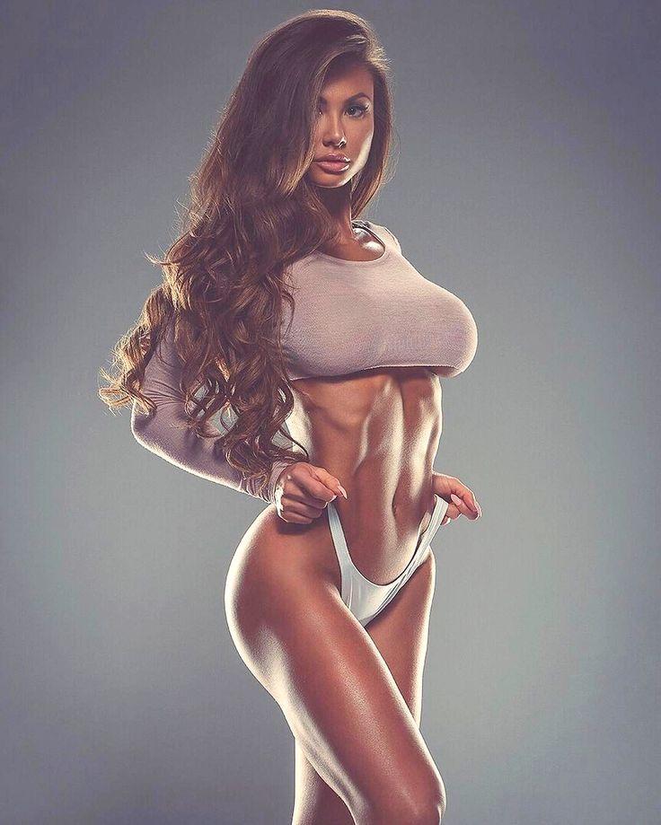 tia gunn in bra nude