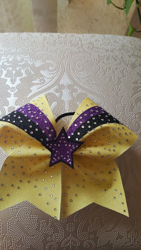 3D GLITTER CHEER BOW. CAN BE MADE IN ANY COLOR. TEAM ORDERS ARE WELCOME AND WILL GET 10% DISCOUNT ON 15 OR MORE. TEXAS SIZE.