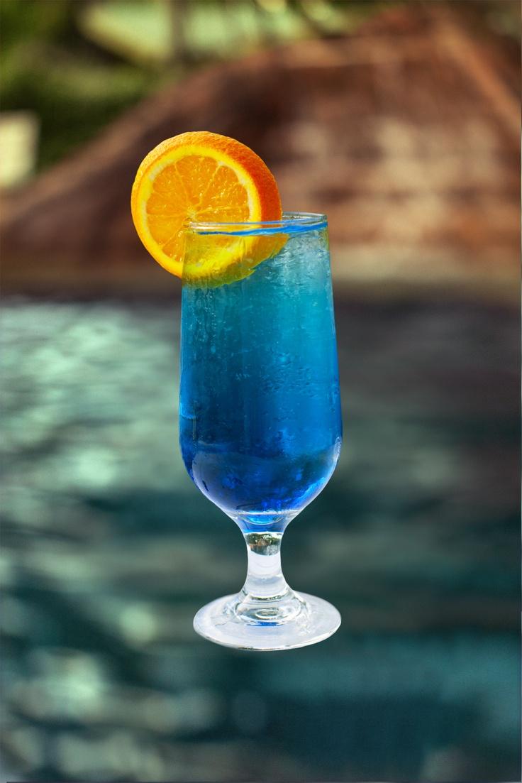 Blue Lagoon Vodka Blue Curacao Amp Lemonade Blue Drinks Lemonade Cocktail Strong Cocktails