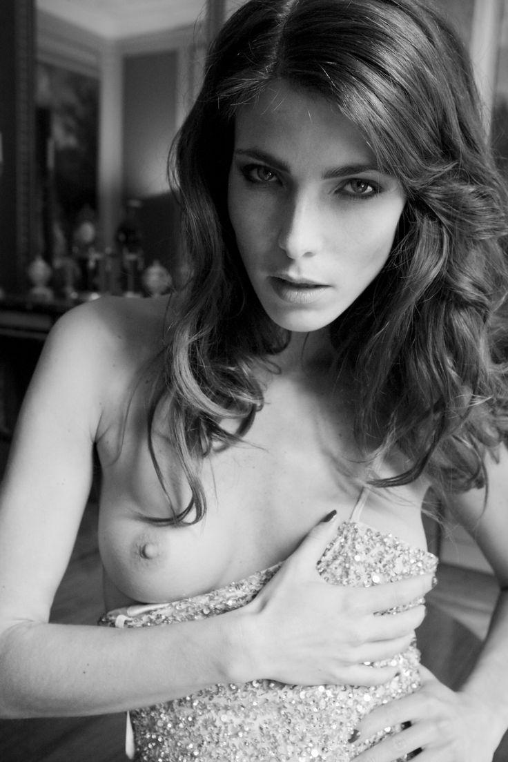\\ MAIMOUNA BARRY \\ Fashion Photographer  JFK magazine Tahnee BY Maimouna Barry