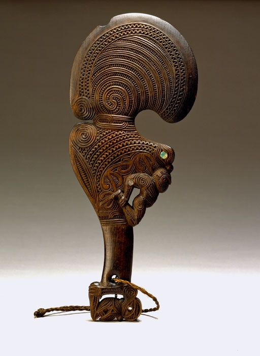 Wahaika (short club), early 19th century Artist not identified New Zealand, Maor Wood, paua shell (Abalone haliotis), fiber L: 41.40 cm, W: 17.30 cm Donor not recorded. Received before 1878 Accession Number: E5539