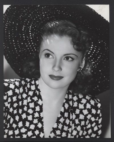 Joan Leslie 40s dress hat