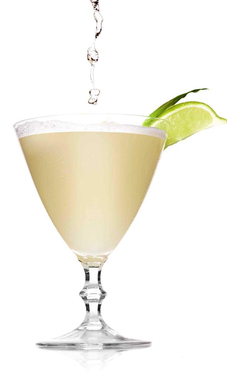 Piña colada martini