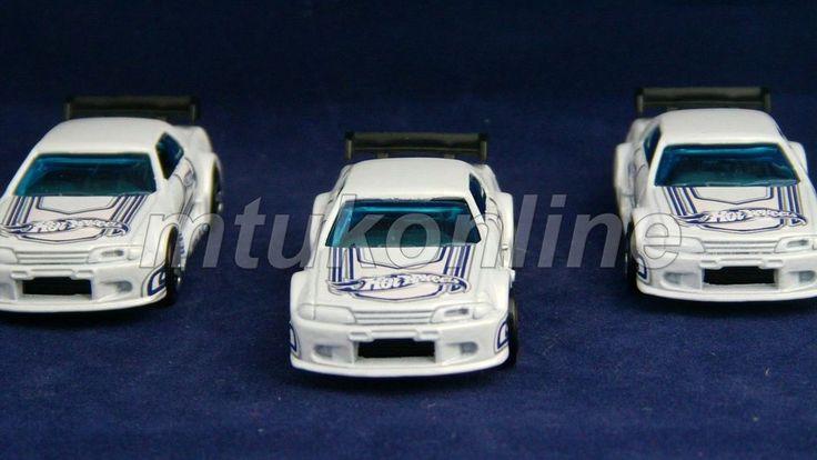 HOTWHEELS 2001 | NISSAN SKYLINE GT-R 1989 | R32 | WHITE | SELL AS LOT
