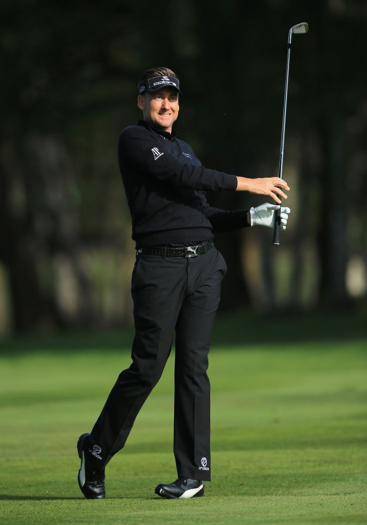 Round 1 look  http://www.ijpdesign.com/global/bmw-look-1 Ian Poulter