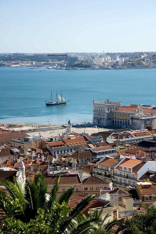 Lisbon, Portugal   by zittopoldo   Giuseppe Molinari
