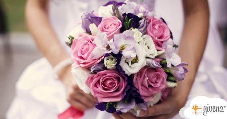 Gemischter Brautstrauß mit Rosen