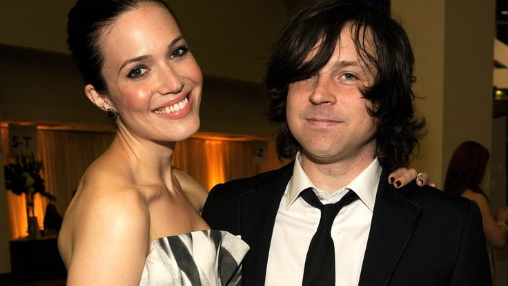 MANDY MOORE's Divorce is Getting Catty