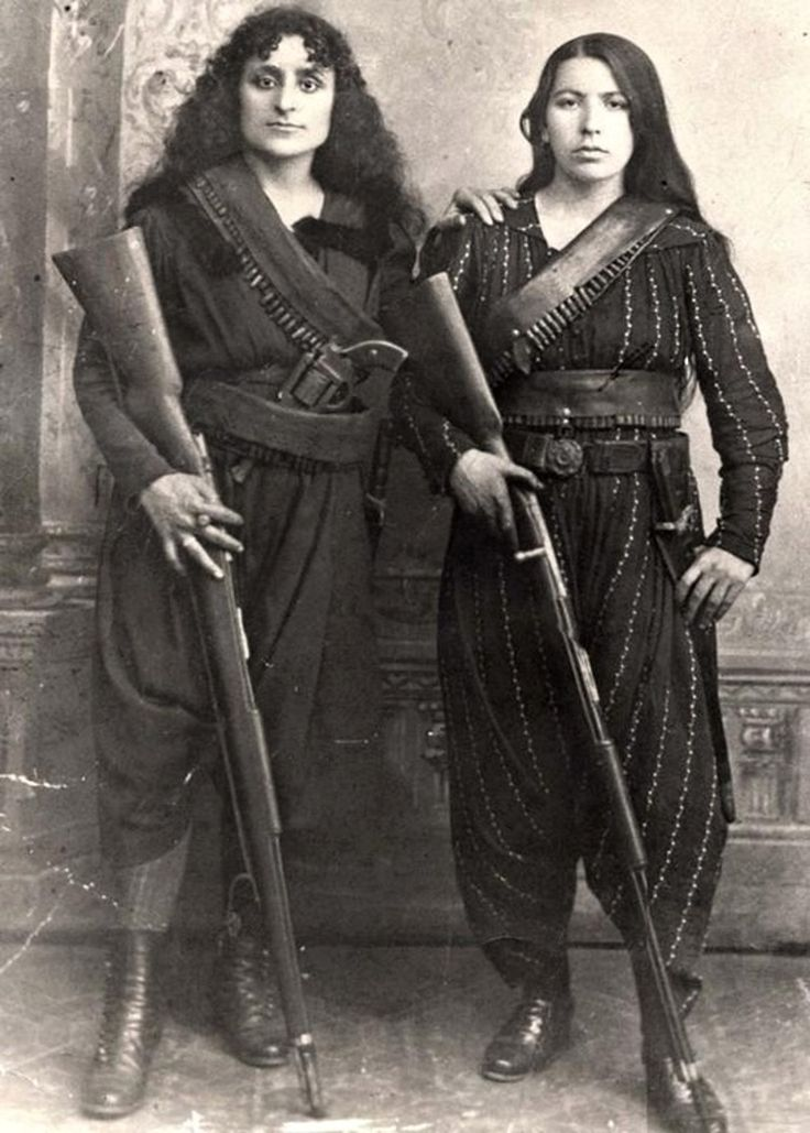 Armenian women, 1895. To the right, Eghisapet Sultanian, great grandmother of musician Derek Sherinian during the 1895 Hamidian massacres, when the Armenians of Zeitun (modern Süleymanlı), fearing the prospect of massacre, took up arms to defend.