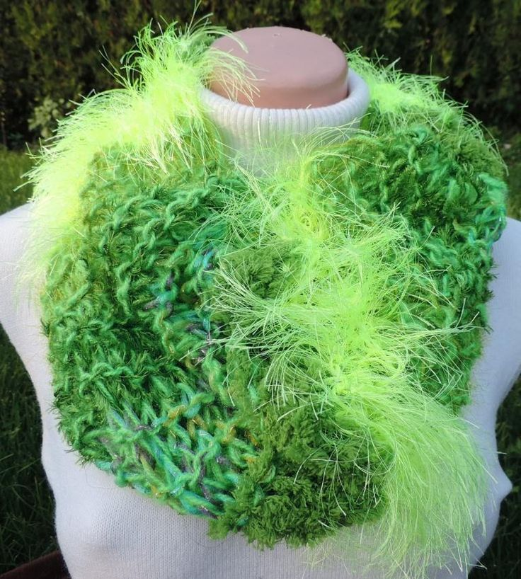 "Cowl, which you can wear around your neck or on the head. Many variations and neon colors :-) Measurement: Scarflette length is ~ 31""x23"" (~ 80x60 cm.) Composition: - 10 % Wool, 20 % Acrylic, 35 % Micro Polyamide + 35 % Polyester - neon green Handmade with ♥ $11.72 USD"