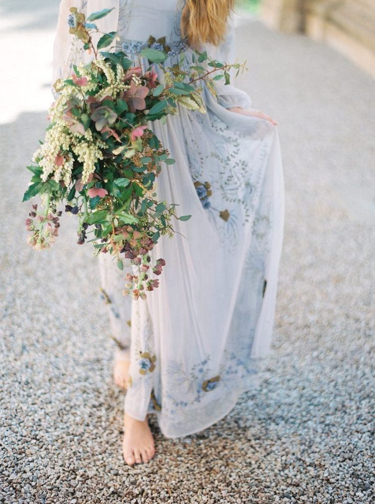 Earthy and stunning (especially against the blue dress!
