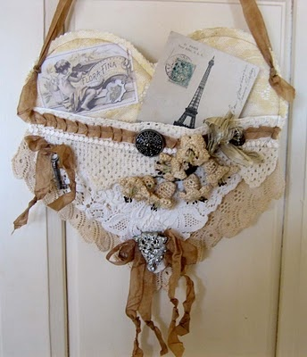 Heart pocket with lace and other pretties.