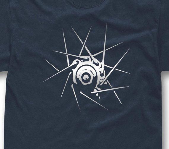 He encontrado este interesante anuncio de Etsy en https://www.etsy.com/es/listing/267957665/bicycle-t-shirt-wheel-rider-gift-cycling