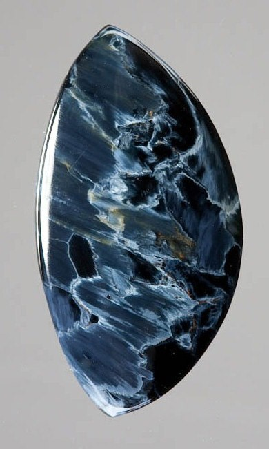 Pietersite (from Nambia) Known as the Tempest Stone, its highly charged energy is almost tangible. Just as lightning clears the air and makes all things new, Pietersite discharges negative energies and emotional turmoil, and cleanses the aura, restoring it to calm.