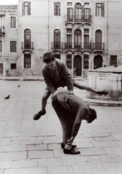 Italian Vintage Photographs ~ #Italian #Vintage #Photographs ~ Pepi Merisio In Campo San Polo, Venezia, 1958
