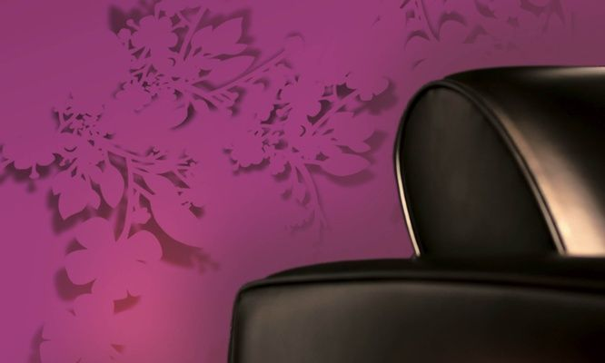 Elitis XXL Fleurs Decoupees.  Superimposed modern floral wallpaper.