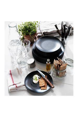 Marvelous IKEA DINERA Dessertteller Schlichte Form matte Glasur und ged mpfte Farben des Geschirrs geben der Tischdekoration Charakter