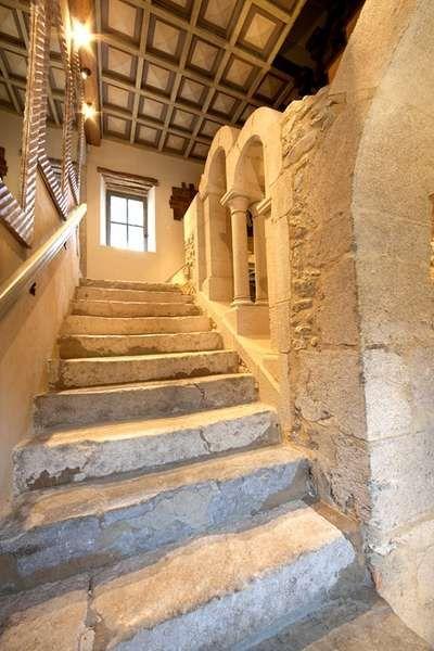 Location Vacances Gîtes de France - Château Des Girards parmi 55000 Gîte en Isère, Rhône Alpes