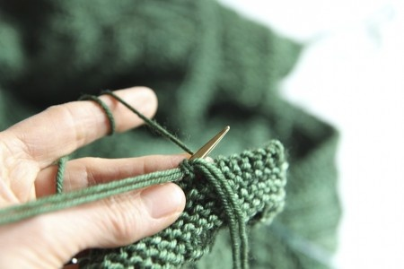 Super Stretchy, Super Easy Sewn Bind Off. Step by step pictures with explanation.