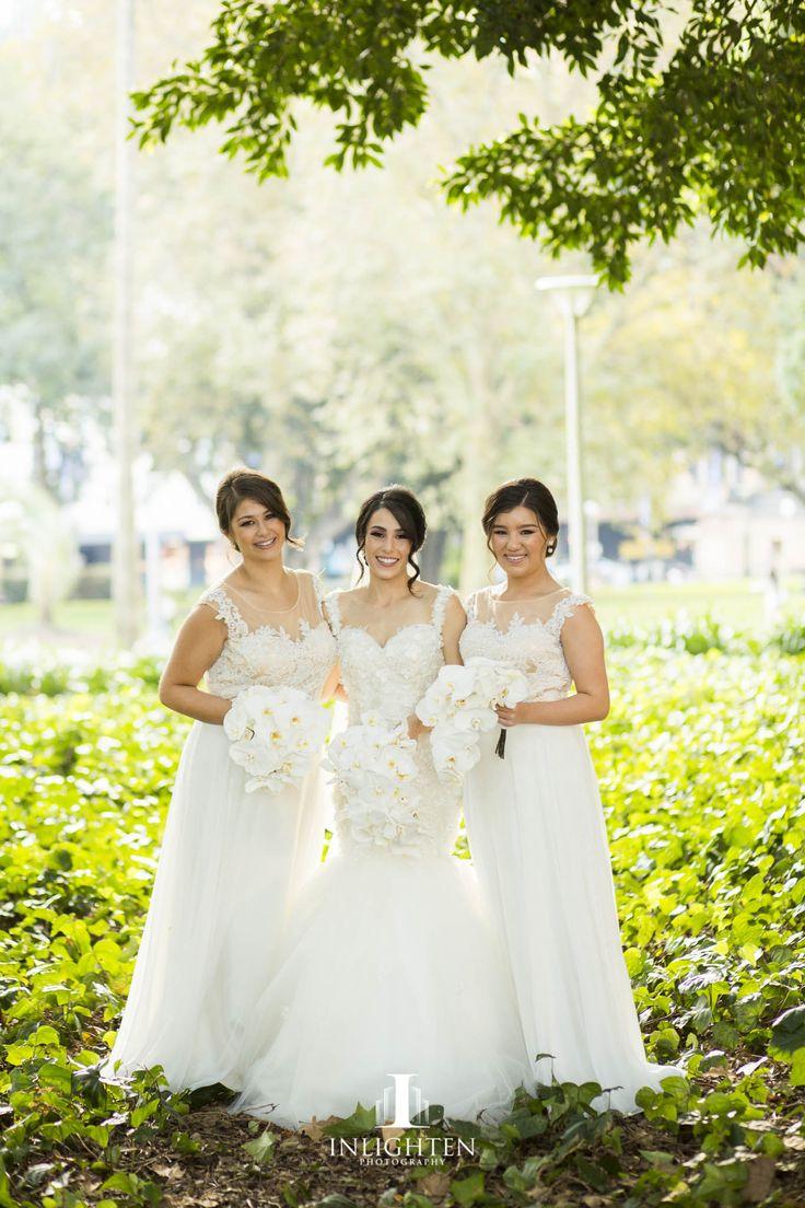 B209 Bridesmaids