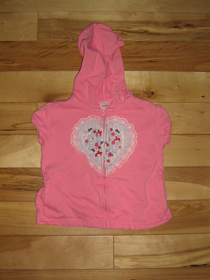 GYMBOREE LOVE IS IN THE AIR SHORT SLEEVE HOODIE 6 EUC (from the January '07 line)   $5.00