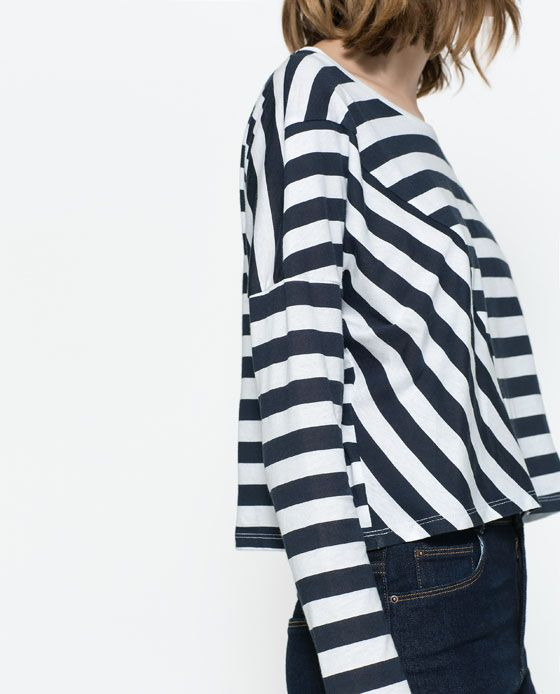 Image 4 of STRIPED T-SHIRT WITH DIAGONAL SEAM from Zara