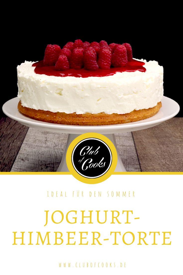 Ein toller sommerlicher Kuchen mit Joghurt und Himbeeren, perfekt für die nächste Kaffeetafel.