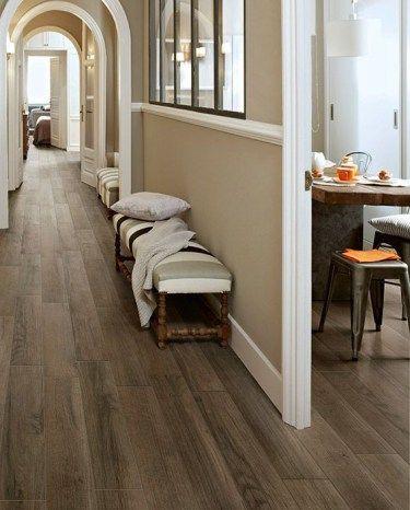 flooring rubber that looks like wood hallway
